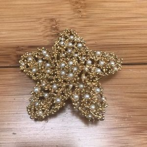 Jewelry - Vintage Starfish Brooch